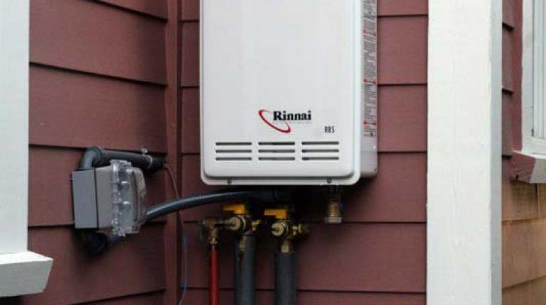 Outdoor-Tankless-Water-Heater-under-500$