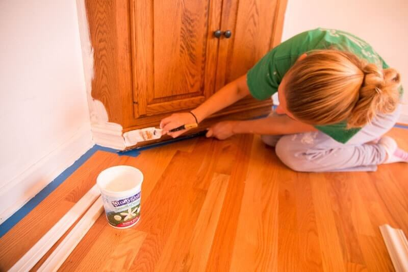 Find The Easiest Way To Paint Furniture Without Sanding Or Priming