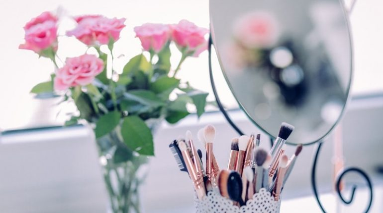 Best Makeup Mirror Ideas You Will Absolutely Love
